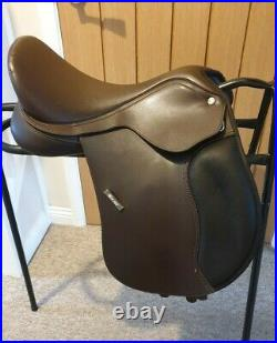 16 Wintec 500 (new model) Pony All Purpose saddle. Changeable gullet N to XW