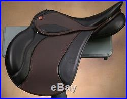 JUST REDUCED! Courbette Vision 16.5 inches Saddle