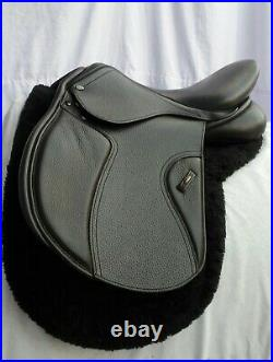 NEW ENGLISH All Purpose horse saddle 17 inches with bridle, taxed and accessories