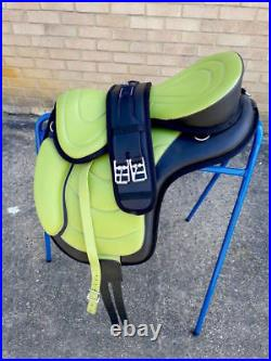 New LEATHER All Purpose Treeless Saddle LIME GREEN 17 free Girth GREAT OFFER
