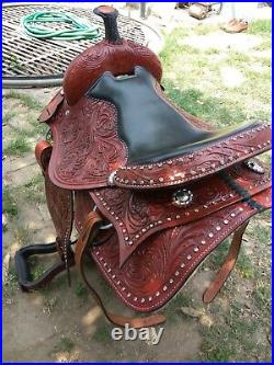 New western Brown leather saddle size 14 to 17 inch